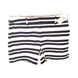 Women's Size 4 Nautica White Shorts w/Blue Stripes